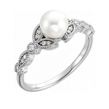 14K White Freshwater Pearl & 1/10 CTW Diamond Leaf Ring