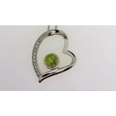 925 Sterling Silver Peridot Heart Fashion Pendant