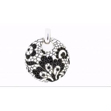 Belle Etoile Fleur De Lace Pendant