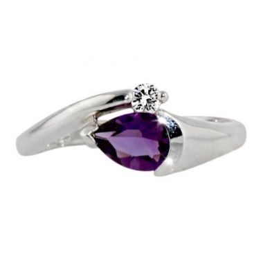 10k White 7x5 Amethyst Diamond Ring
