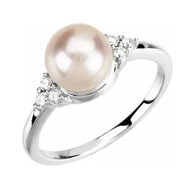 14K 7.5-8 mm Freshwater Cultured Pearl & 1/8 CTW Diamond Ring