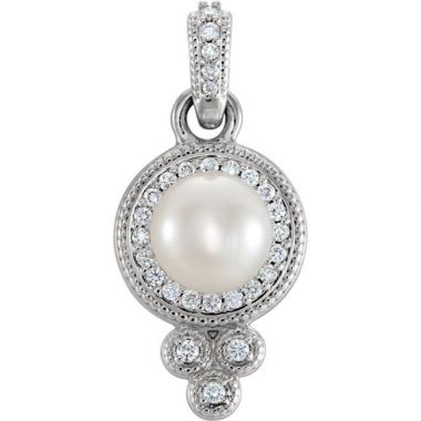 Sieger's Jewelers 14k White Gold Freshwater Pearl Diamond Pendant