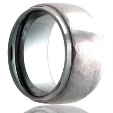 Gents Hammered Finish Tungsten Wedding Band