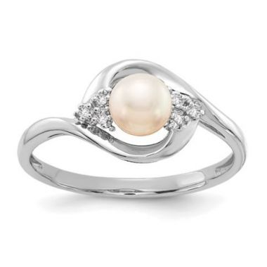 14k White Genuine Fresh Water Cultured Pearl Diamond Ring