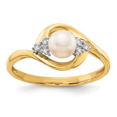 14k Yellow Diamond and Fresh Water Cultured Pearl Ring